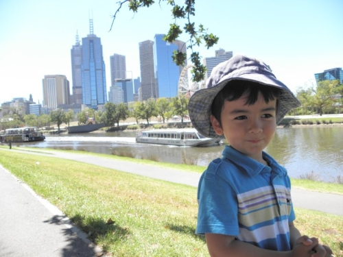 Jamie_Melbourne_Yarra_River_md