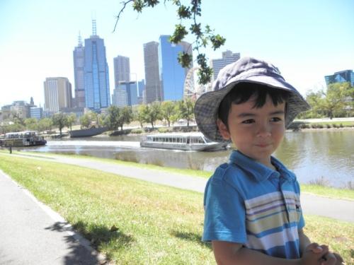 Jamie_Melbourne_Yarra_River_md